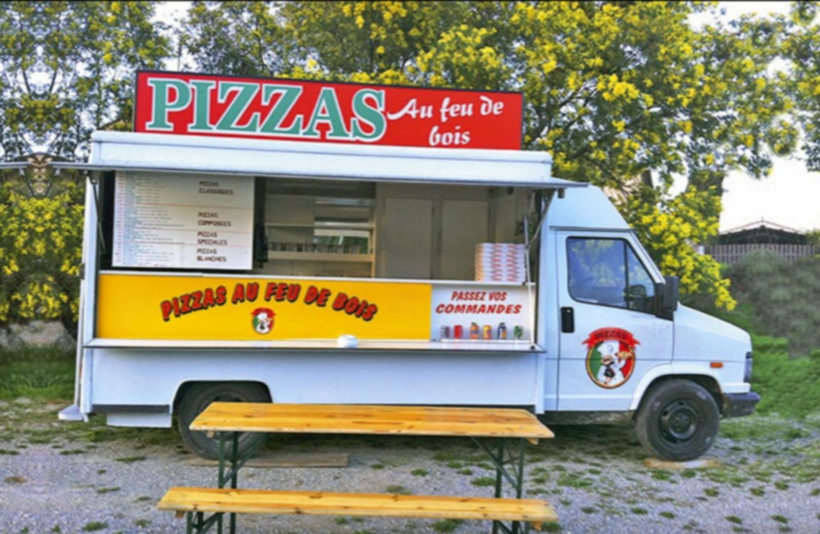 Camion pizza - feu de bois